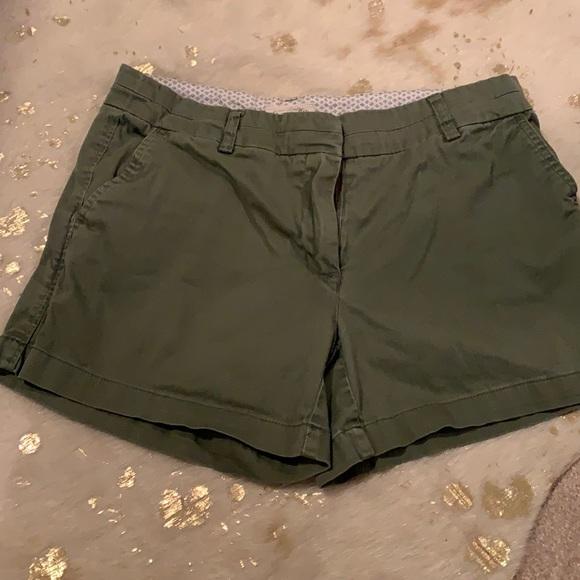 NWOT Chino style shorts